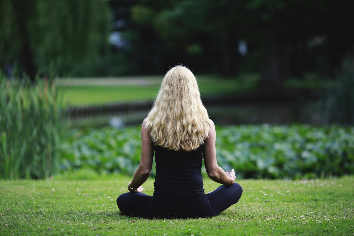 Listening Meditation To Calm The Anxious Mind